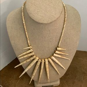 Jewelry - Necklace authentic Ivory 💎
